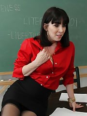 Sex in Office, RayVeness